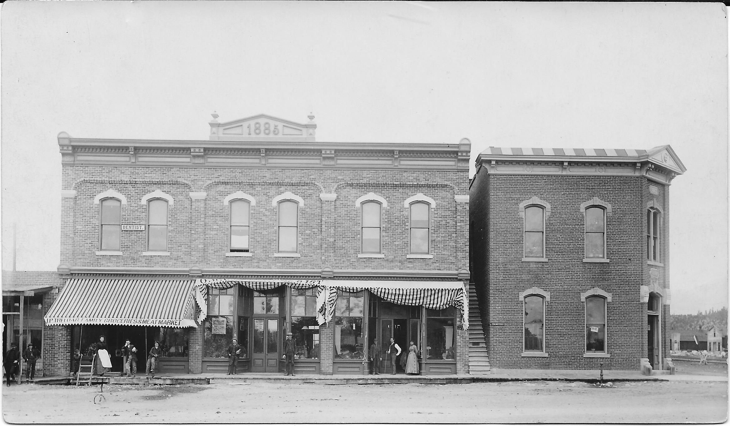 Lariat_Town Hall in 1897